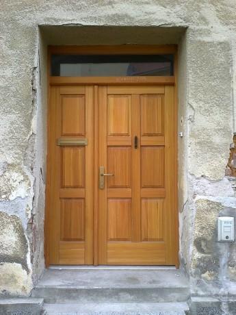 Vchodové dveře dvoukřídlé